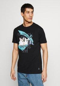 Vivienne Westwood - DANGERO CLASSIC - T-shirt con stampa - black - 0
