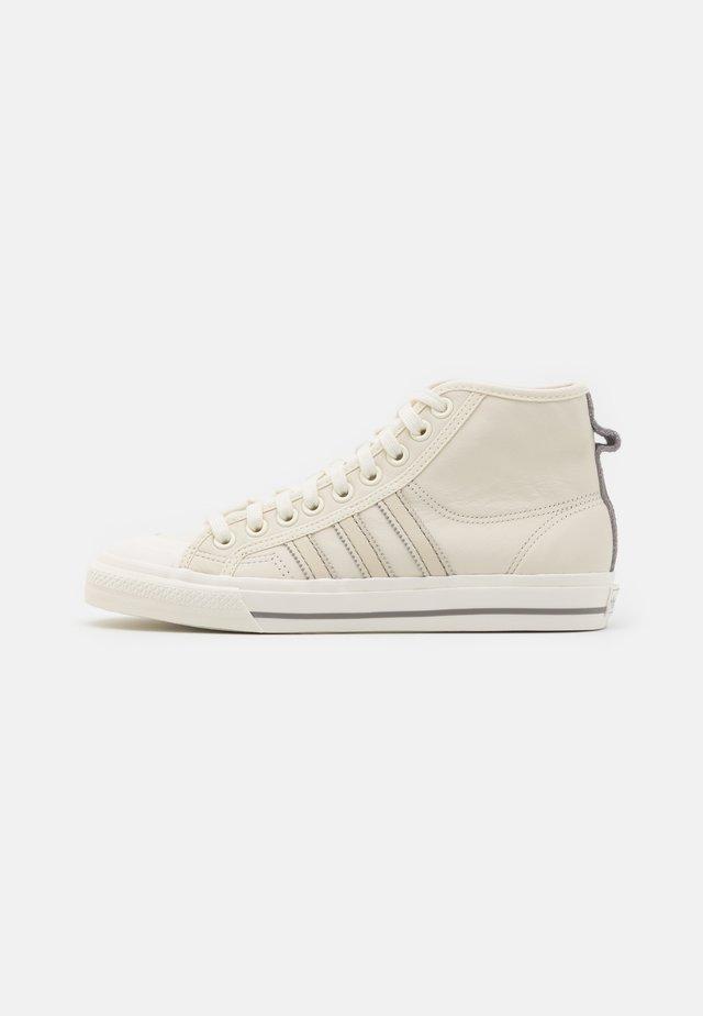 NIZZA  - Zapatillas altas - offwhite/chalk solid grey