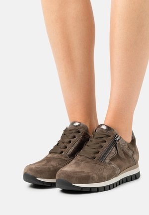 Trainers - mohair/bronce