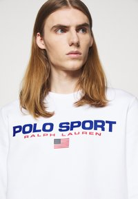 Polo Sport Ralph Lauren - LONG SLEEVE - Sweatshirt - white - 4
