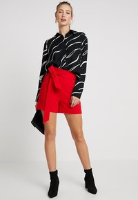 Morgan - Shorts - red - 1