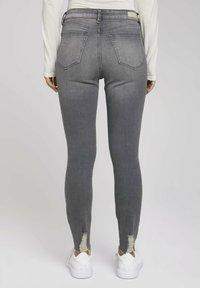 TOM TAILOR DENIM - JANNA - Jeans Skinny Fit - used mid stone grey denim - 2