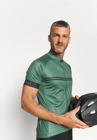 Giro - CHRONO SPORT - Cykeltrøjer - green - 5