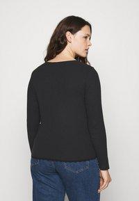 Glamorous Curve - ROUND NECKLINE AND LONG SLEEVES - Top sdlouhým rukávem - black - 2