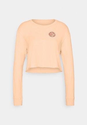 TEE FEMME - Top sdlouhým rukávem - orange pearl