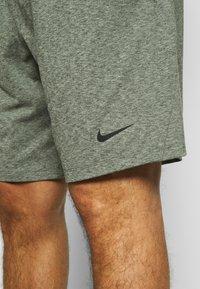 Nike Performance - DRY SHORT - Pantalón corto de deporte - galactic jade - 4