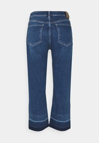 comma casual identity - 7/8 - Bootcut jeans - postconsum - 1