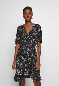 Saint Tropez - MINA DRESS ABOVE KNEE - Žerzejové šaty - black - 0