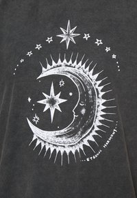 BDG Urban Outfitters - ETERNAL MOON TEE - Print T-shirt - washed grey - 5