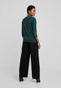 s.Oliver - 3/4 ARM - Langærmede T-shirts - emerald - 2