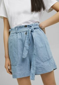 Esprit - Denim shorts - blue light washed - 0