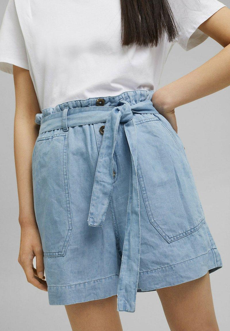 Esprit - Denim shorts - blue light washed