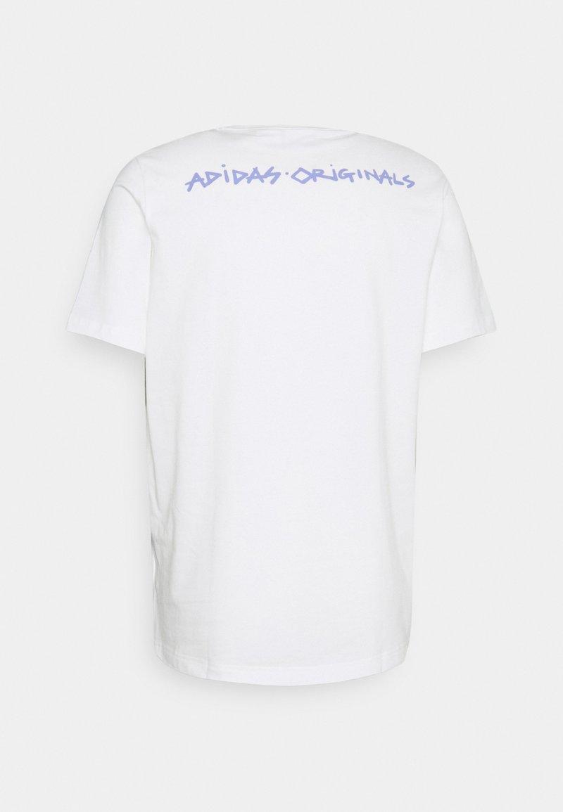 adidas Originals - DINO TEE UNISEX - T-shirt med print - core white