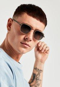 Hawkers - CHAIN - Sunglasses - black - 0