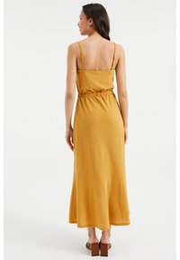 WE Fashion - Maxi dress - ochre yellow - 1