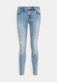 Vero Moda - VMLYDIA RAW - Skinny džíny - light blue denim - 4