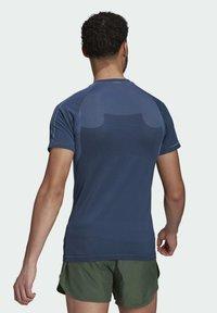 adidas Performance - T-shirts med print - blue - 1