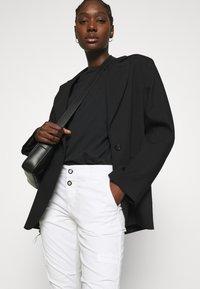 Mos Mosh - VALERINE PANT - Trousers - white - 3