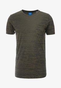 JORBASTON - Basic T-shirt - dusty olive