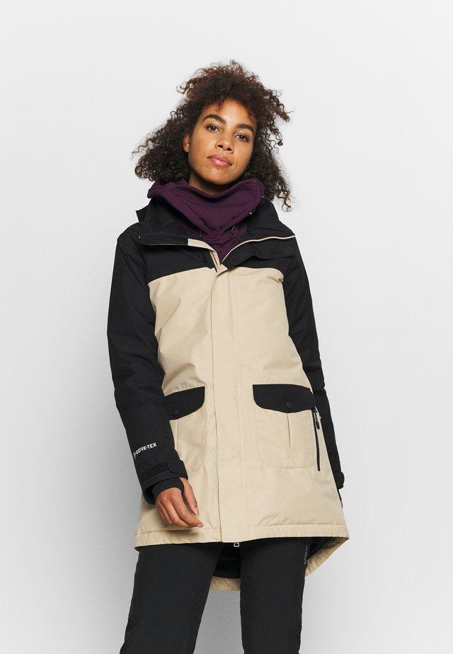 GORE EYRIS - Snowboard jacket - black