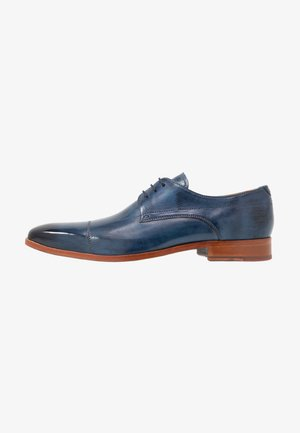 LEWIS - Smart lace-ups - wind
