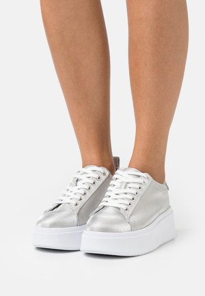 COLOSSAL - Sneaker low - silver