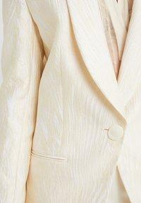 By Malene Birger - FRASER - Blazer - egg white - 4