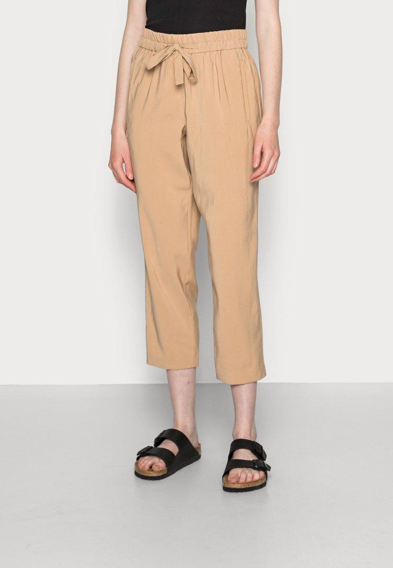 comma - Trousers - beige