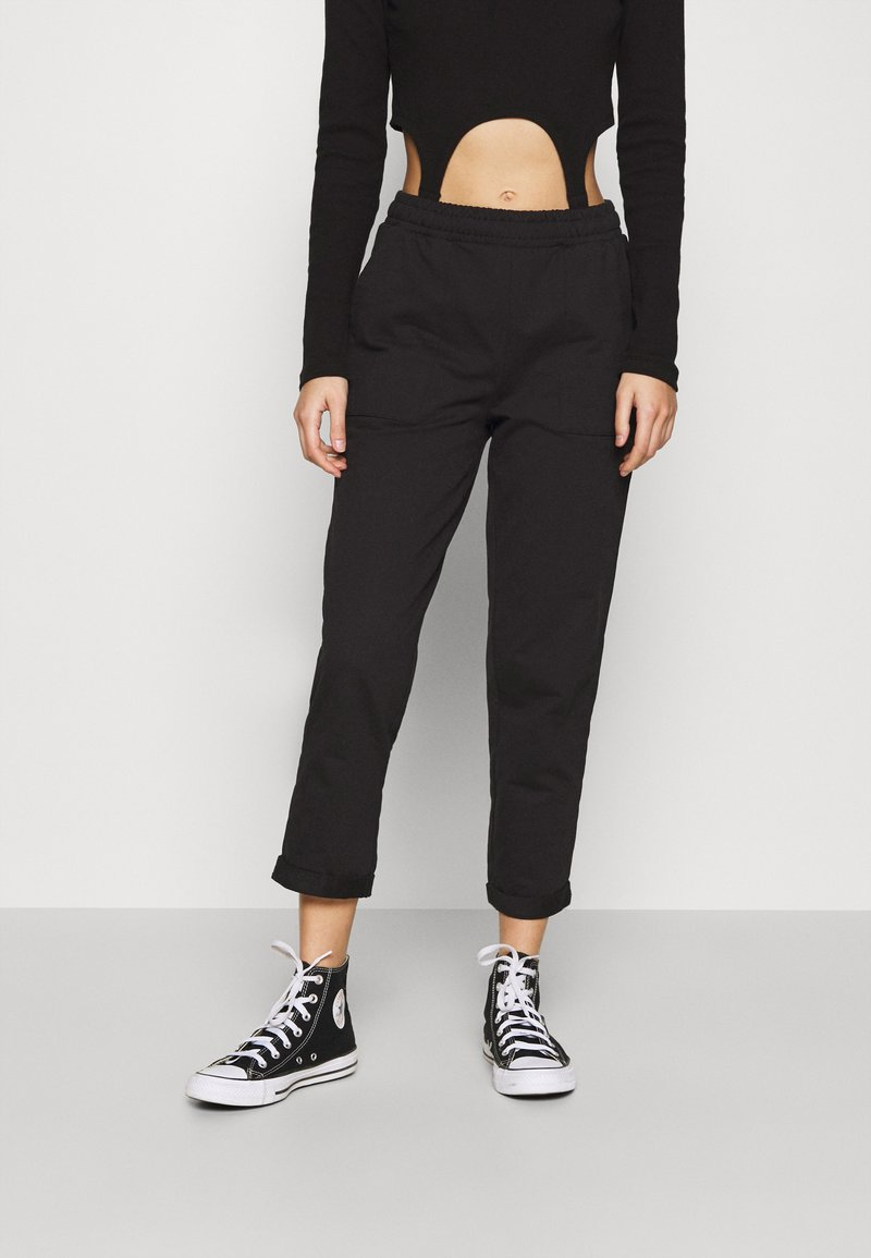 Even&Odd - TAPERED LEG JOGGER WITH POCKET DETAIL - Tracksuit bottoms - black