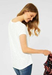 Cecil - IN UNIFARBE - Basic T-shirt - weiß - 1