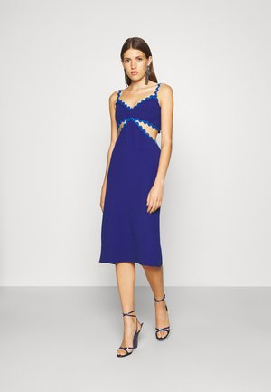 CUT OUT DRESS - Cocktailjurk - blue