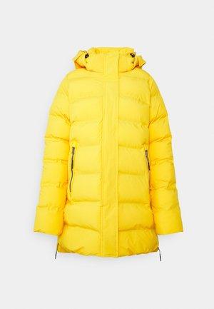 AUBREY - Outdoorová bunda - yellow