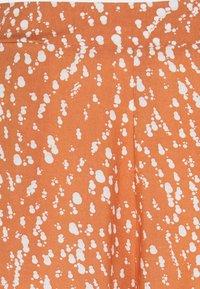 ICHI - IHVERA - Shorts - sunburn - 2