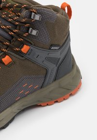 Hi-Tec - VERVE MID WP - Chaussures de marche - khaki/dark grey/orange - 5