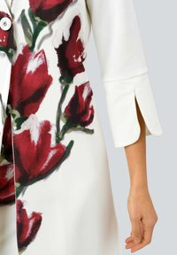 Alba Moda - Short coat - off-white rot - 4