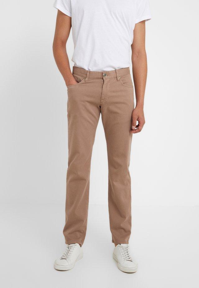 MITCH - Spodnie materiałowe - beige