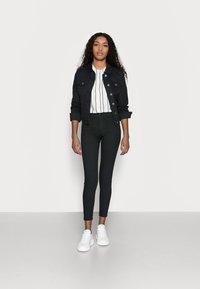GAP Petite - SHIRRED - Button-down blouse - black white stripe - 1