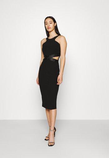 LANNAH CUT OUT MIDI DRESS - Jersey dress - black