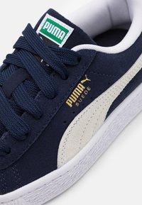 Puma - CLASSIC XXI - Trainers - peacoat/white - 5