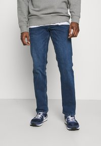 Mustang - WASHINGTON - Straight leg jeans - denim blue - 0