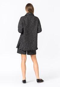 HALLHUBER - Short coat - schwarz - 2