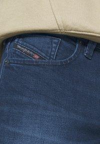 Diesel - LARKEE - Straight leg jeans - 009er - 5