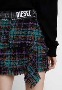 Diesel - O-BRYEL GONNA - Mini skirt - black - 3