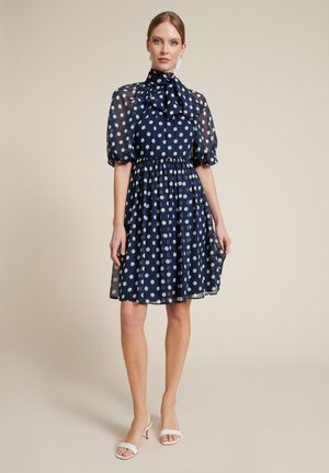 PEDALE - Day dress - var blu/panna
