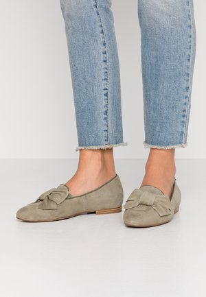 Slip-ons - light olive