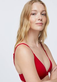 OYSHO - Bikiniöverdel - red - 2