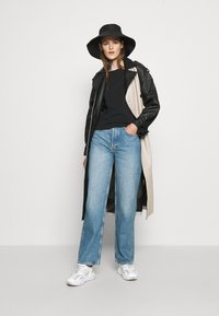 Boyish - THE ZIGGY HIGH RISE - Relaxed fit jeans - dark blue - 5