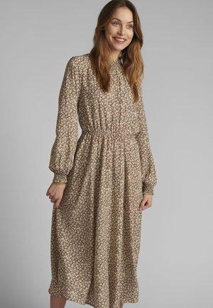 Day dress - tannin