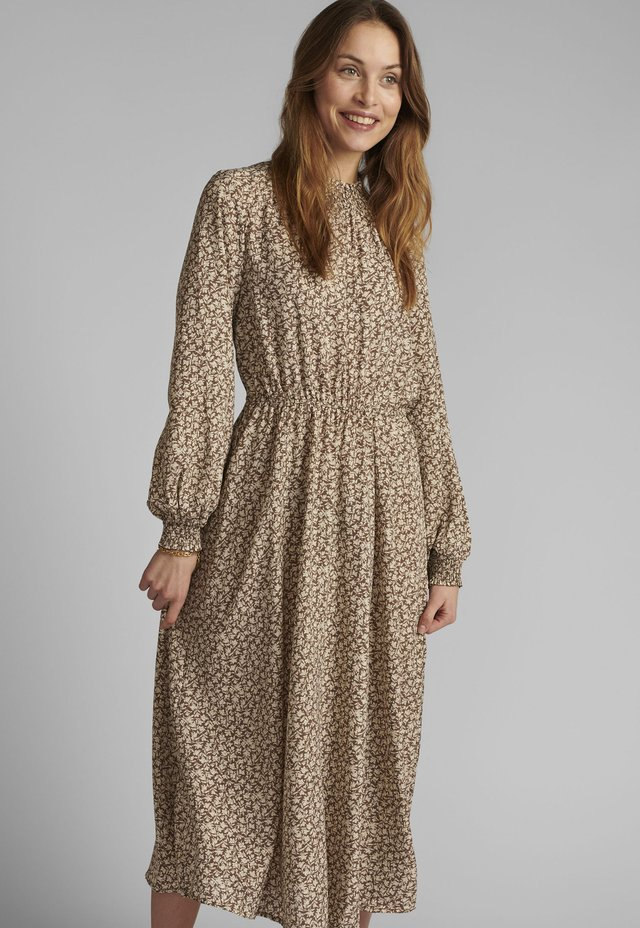 Korte jurk - tannin