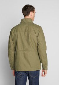 TOM TAILOR - WASHED FIELD JACKET - Summer jacket - olive night green - 2